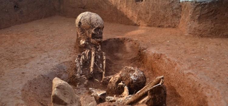 Археологи раскрыли предназначение таинственных сосудов в Лаосе