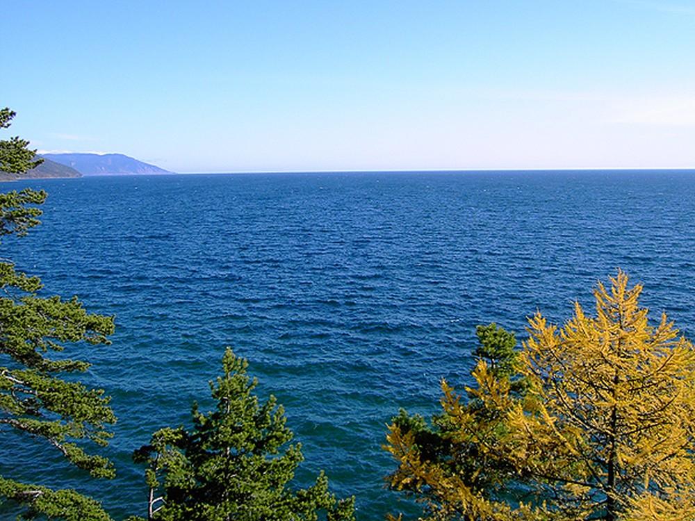 Осенний Байкал. Фото: Дмитрий Шипуля