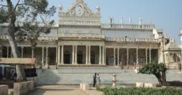 Йога-тур «Исцеление Любовью» в ашрам Девраха Бабы (Индия)